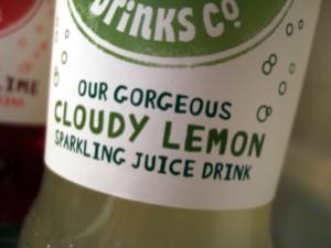 Cloudy Lemon Sparkling Juice Drink